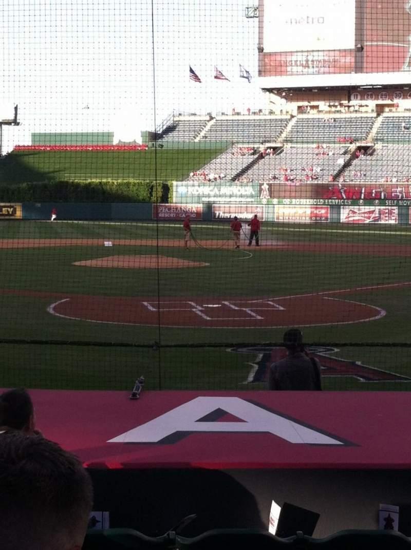 Vista sentada para Angel Stadium Secção 116 Fila E Lugar 5