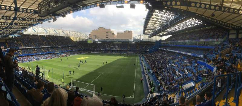Vista sentada para Stamford Bridge Secção Matthew Harding Upper 9 Fila G Lugar 317