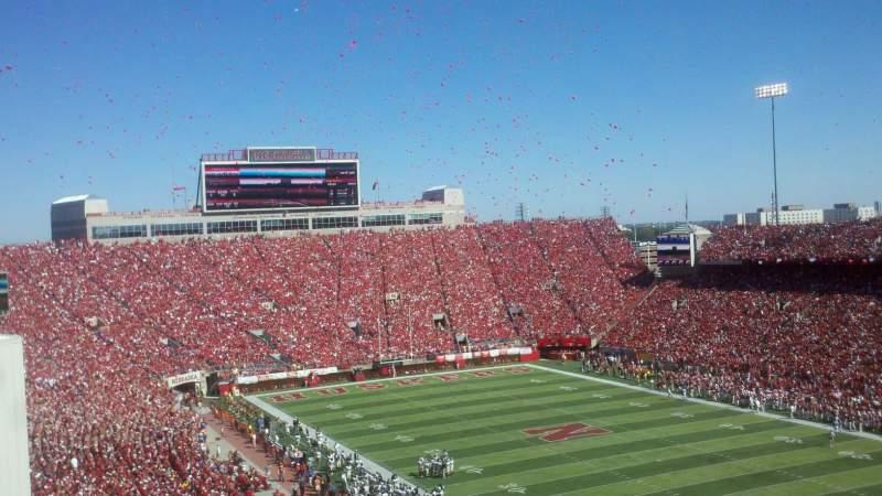 Vista sentada para Memorial Stadium (Lincoln) Secção 221