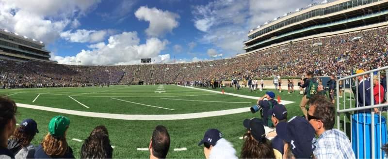 Vista sentada para Notre Dame Stadium Secção F17 Fila C Lugar 10