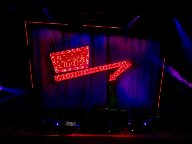 Vista sentada para National Theatre (DC) Secção Mezzanine Fila C Lugar 106
