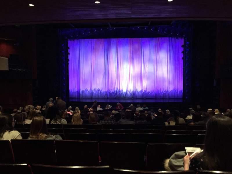 Vista sentada para Marquis Theatre Secção Orchestra C Fila U Lugar 115