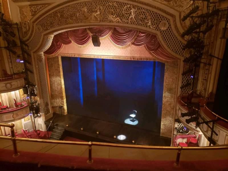 Vista sentada para Cort Theatre Secção Balcony R Fila C Lugar 10