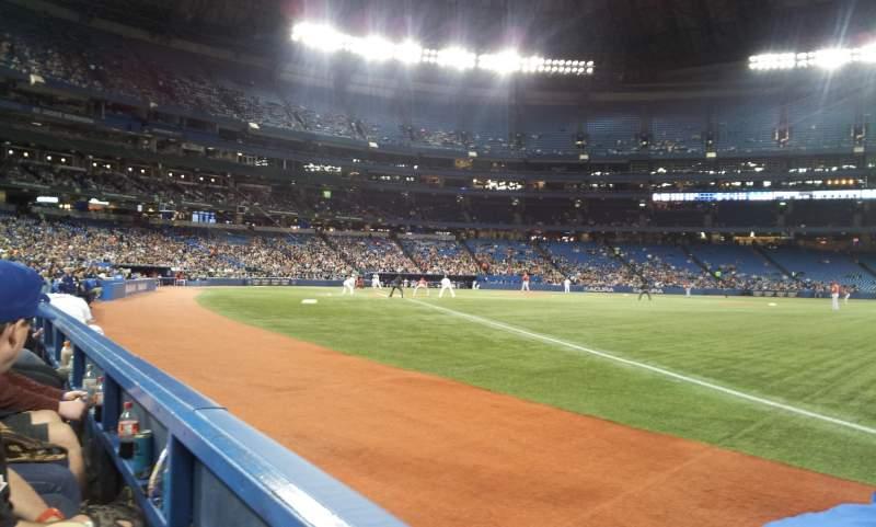 Vista sentada para Rogers Centre Secção 113CR Fila 1 Lugar 2