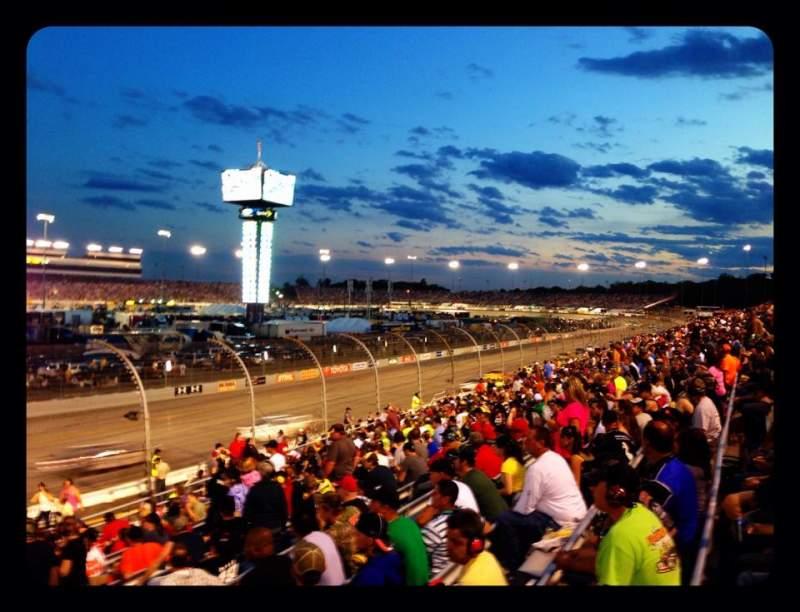 Vista sentada para Richmond Raceway Secção Henrico ZZ Fila 17 Lugar 1