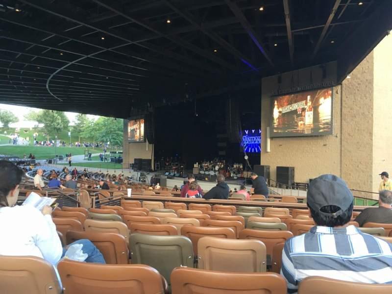 Vista sentada para Bethel Woods Center for the Arts Secção 10 Fila J