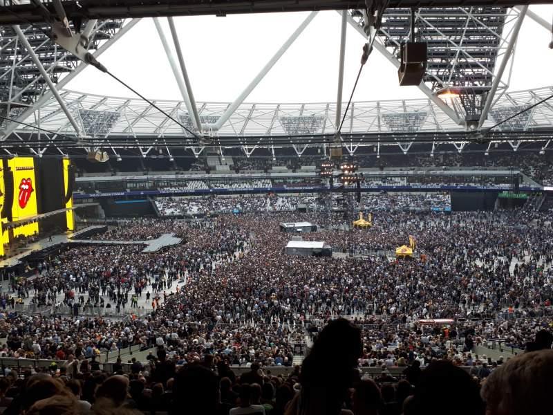 Vista sentada para London Stadium Secção 235 Fila 58 Lugar 469