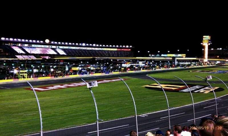 Vista sentada para Charlotte Motor Speedway Secção Chrysler Fila 14 Lugar 35