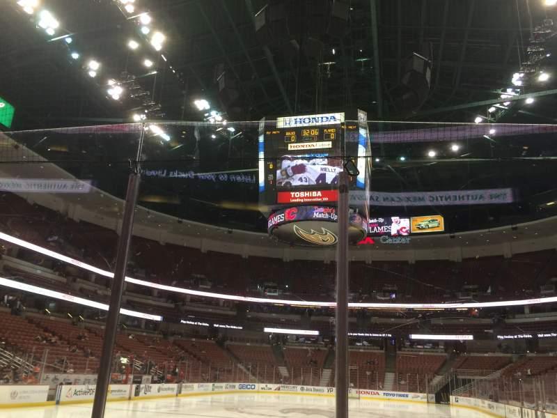 Vista sentada para Honda Center Secção 228 Fila B Lugar 2
