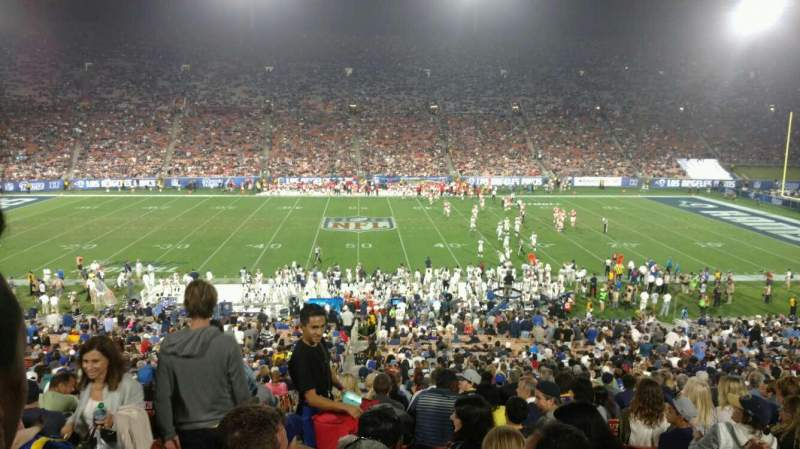 Vista sentada para Los Angeles Memorial Coliseum Secção 7H Fila 44 Lugar 101