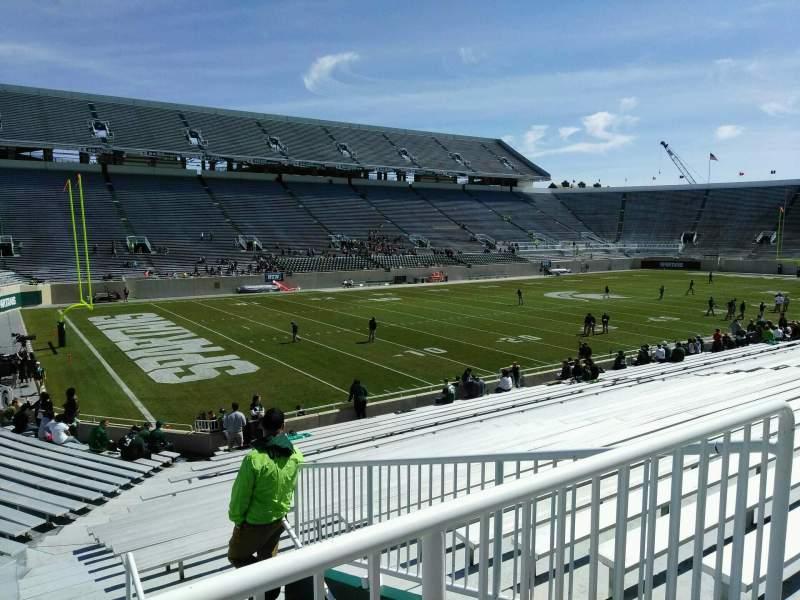 Vista sentada para Spartan Stadium Secção 28 Fila 28 Lugar 21