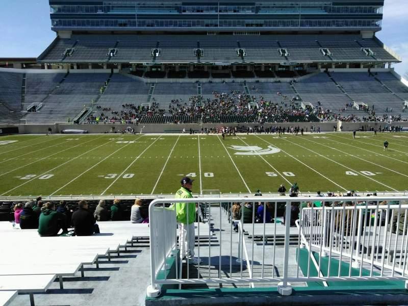 Vista sentada para Spartan Stadium Secção 9 Fila 30 Lugar 19