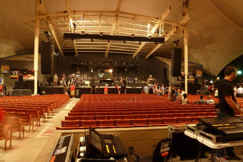 Vista sentada para MECU Pavilion Secção 203 Fila V Lugar 217