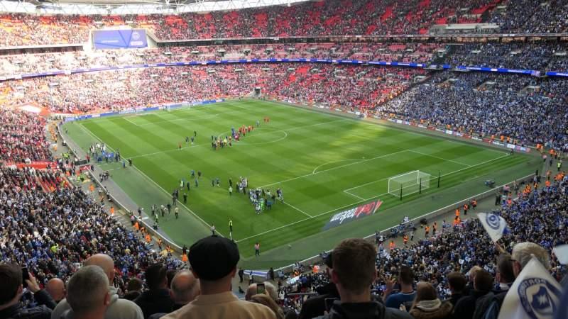 Vista sentada para Wembley Stadium Secção 544 Fila 7 Lugar 135