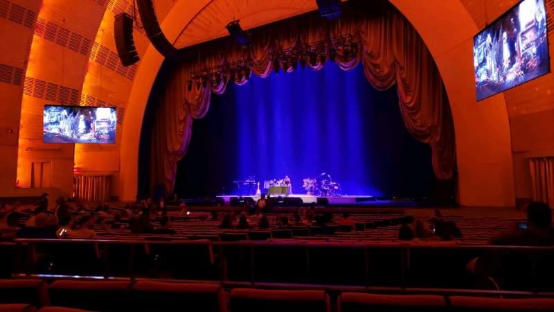 Vista sentada para Radio City Music Hall Secção Orchestra 2 Fila ZZ Lugar 206