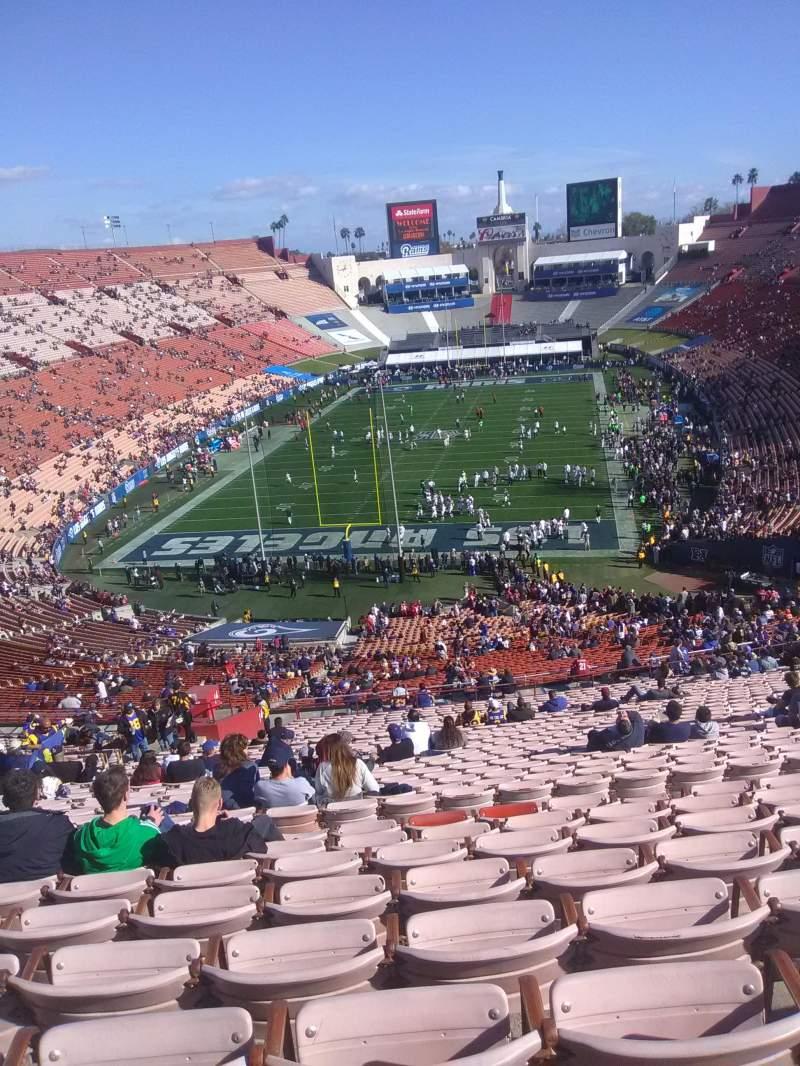 Vista sentada para Los Angeles Memorial Coliseum Secção 14H Fila 76 Lugar 114