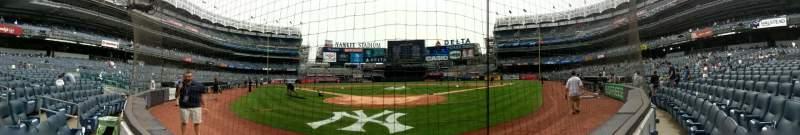 Vista sentada para Yankee Stadium Secção 020 Fila 1 Lugar 1