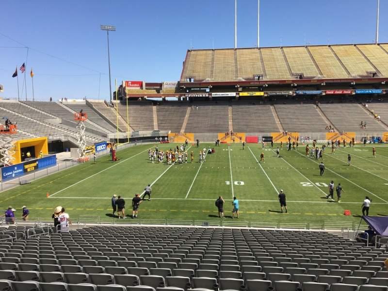 Vista sentada para Sun Devil Stadium Secção 10 Fila 25 Lugar 12