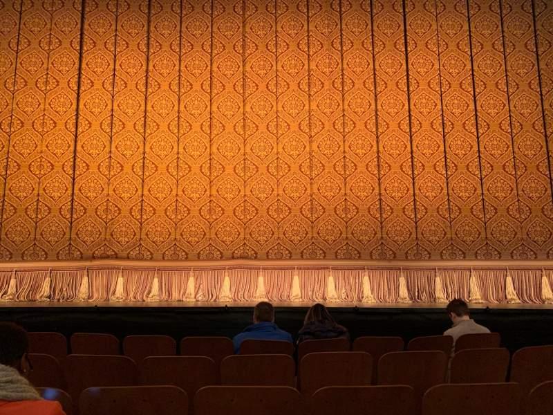 Vista sentada para Booth Theatre Secção ORCHESTRA C Fila D Lugar 109