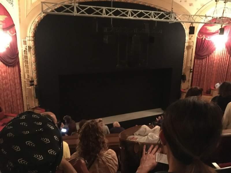 Vista sentada para Bernard B. Jacobs Theatre Secção Mezzanine L Fila G Lugar 15