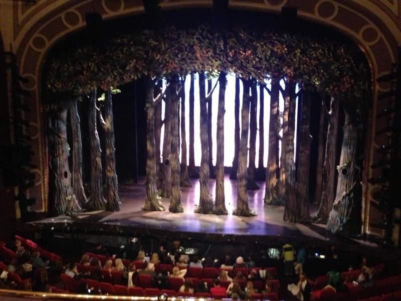 Vista sentada para Broadway Theatre - 53rd Street Secção Front Mezzanine RC Fila c Lugar 111