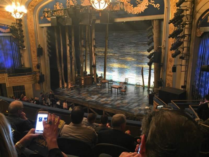 Vista sentada para Gerald Schoenfeld Theatre Secção Mezzanine R Fila F Lugar 22