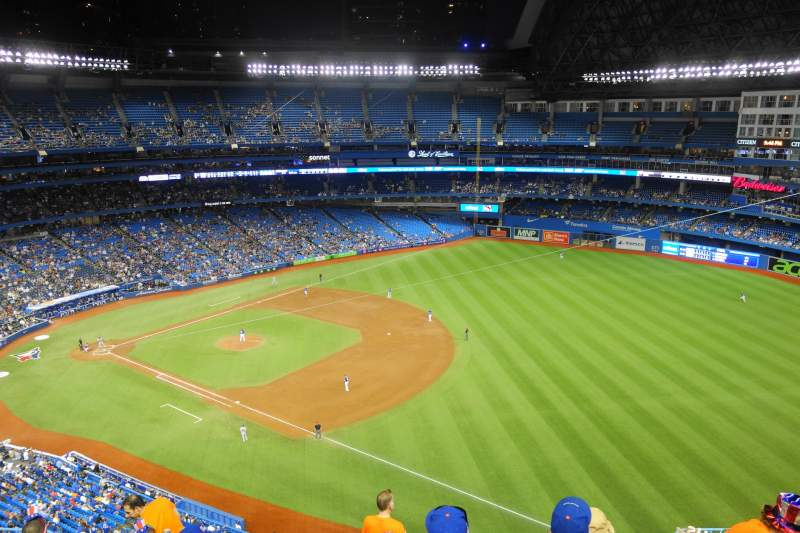 Vista sentada para Rogers Centre Secção 513L Fila 12 Lugar 110