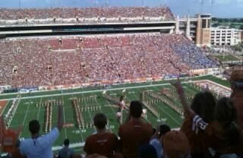 Vista sentada para Texas Memorial Stadium Secção 106 Fila 13 Lugar 30