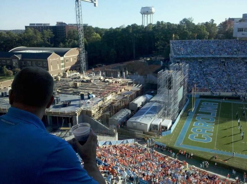 Vista sentada para Kenan Memorial Stadium Secção 201