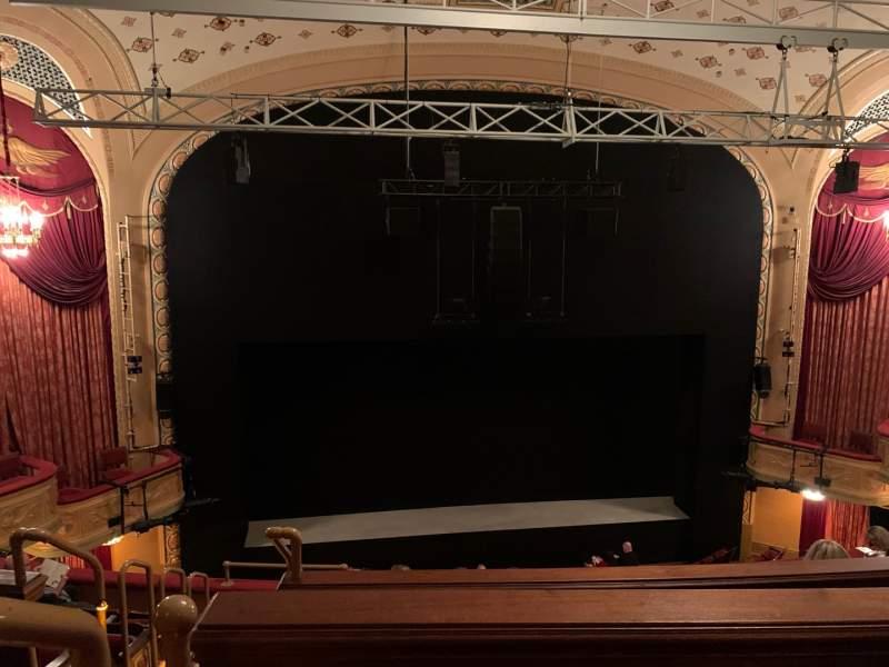 Vista sentada para Bernard B. Jacobs Theatre Secção Mezzanine C Fila F Lugar 114