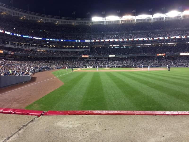 Vista sentada para Yankee Stadium Secção 106 Fila 10 Lugar 7
