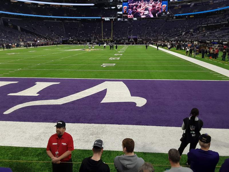 Vista sentada para U.S. Bank Stadium Secção 140 Fila 1 Lugar 6