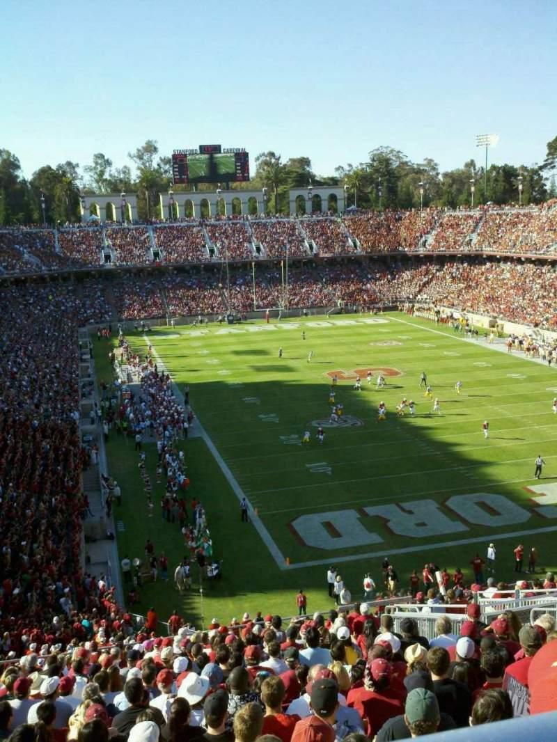 Vista sentada para Stanford Stadium Secção 206 Fila V Lugar 8