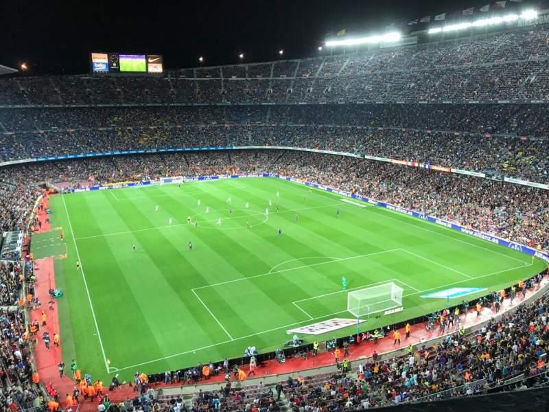 Vista sentada para Camp Nou Secção 416 Fila 1 Lugar 10