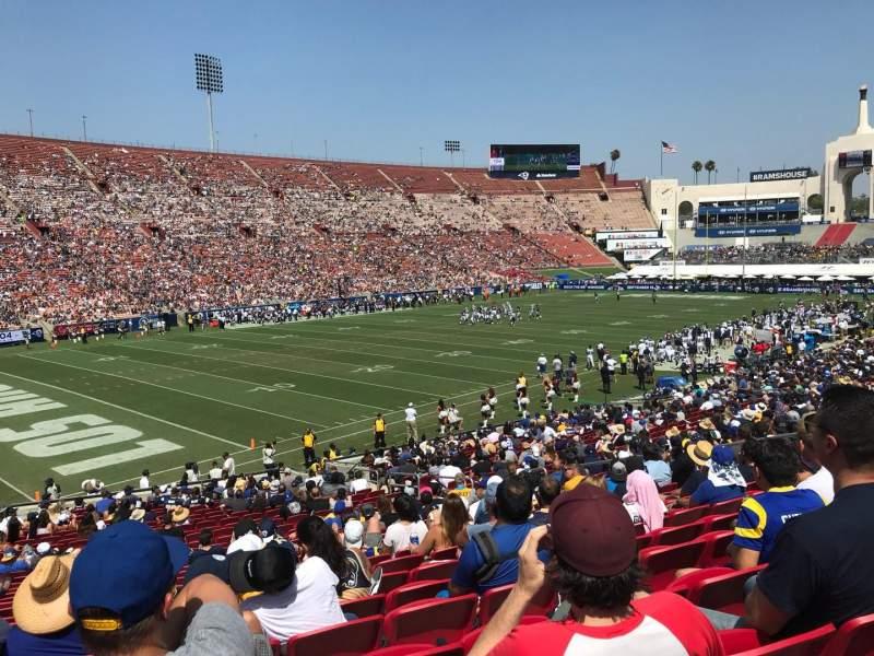 Vista sentada para Los Angeles Memorial Coliseum Secção 10L Fila 29 Lugar 16