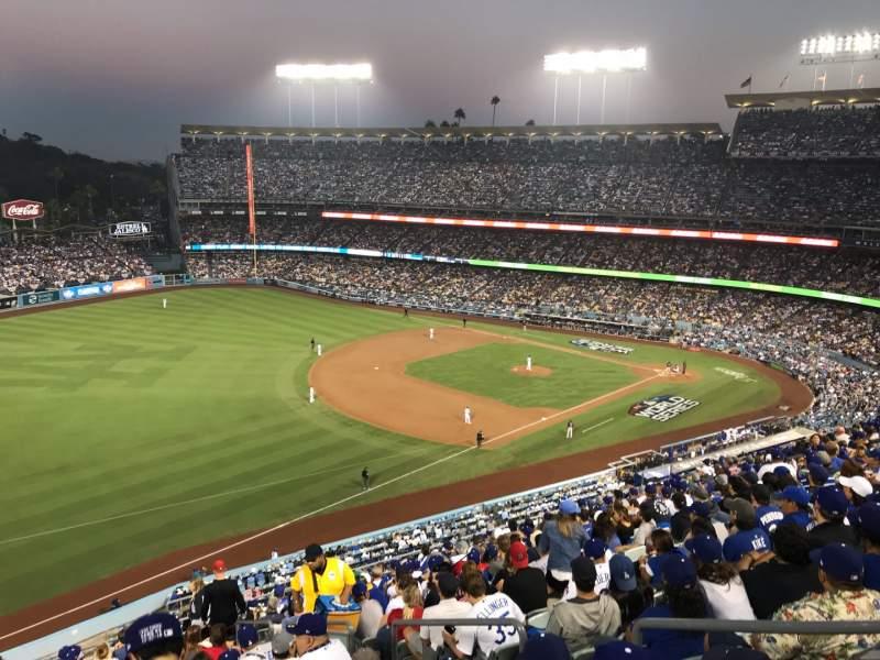 Vista sentada para Dodger Stadium Secção 39RS Fila R Lugar 5