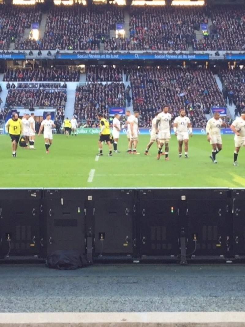 Vista sentada para Twickenham Stadium Secção L24 Fila 3 Lugar 184