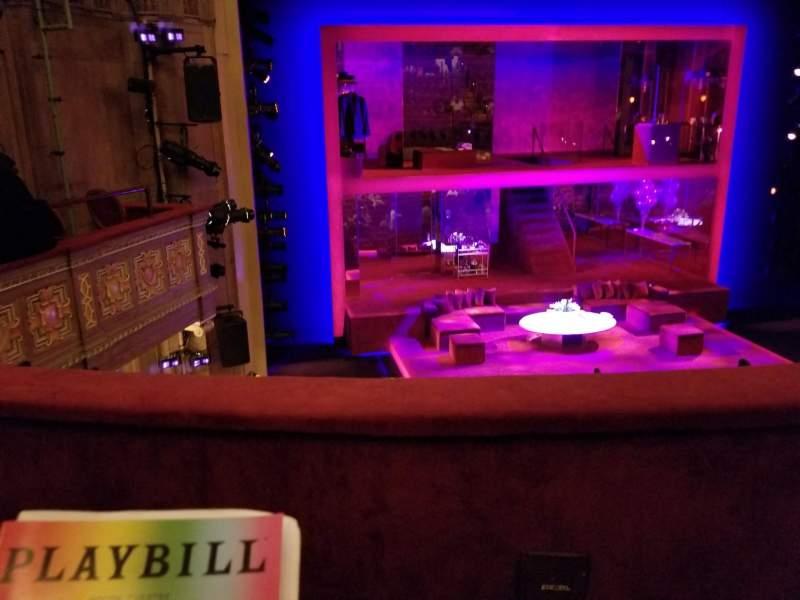 Vista sentada para Booth Theatre Secção Mezzanine L Fila B Lugar 3