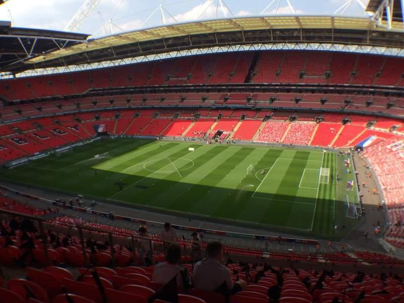Vista sentada para Wembley Stadium Secção 523 Fila 15 Lugar 280