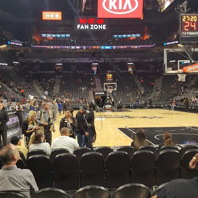 Vista sentada para AT&T Center Secção 101 Fila 7 Lugar 6