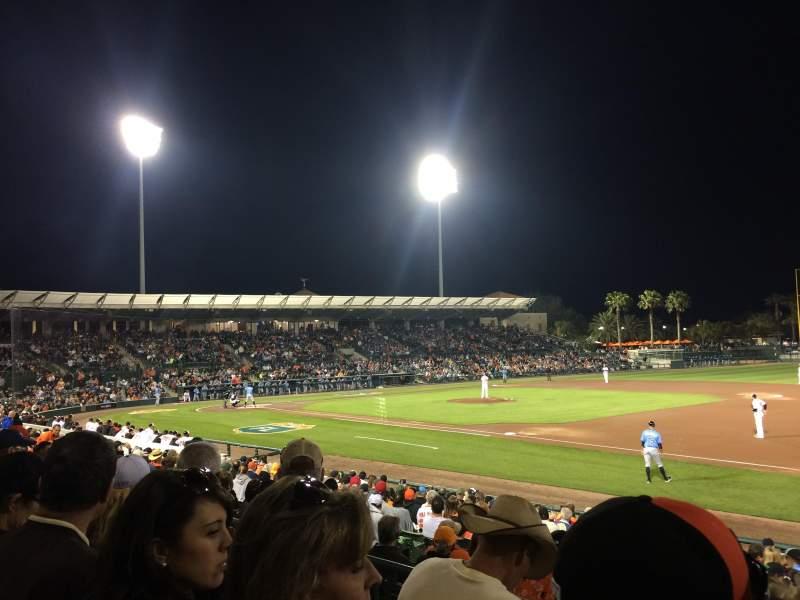 Vista sentada para Ed Smith Stadium Secção 205 Fila 3 Lugar 3