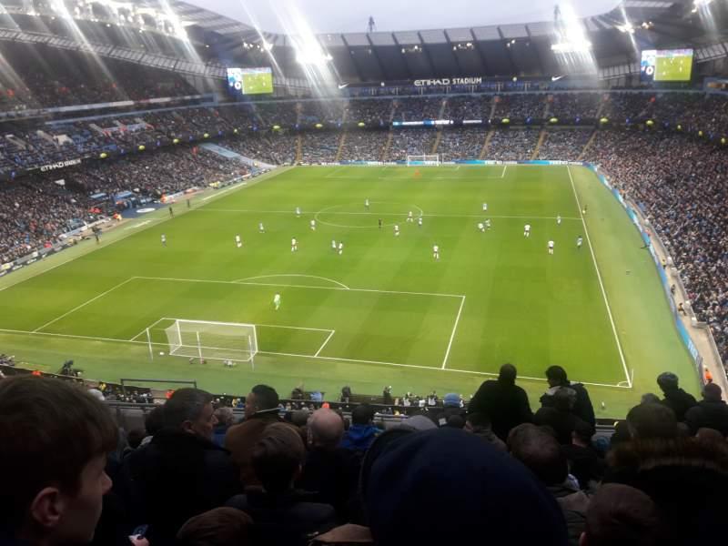 Vista sentada para Etihad Stadium (Manchester) Secção 314 Fila K Lugar 358