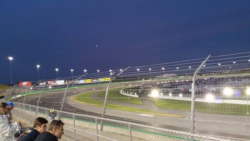 Vista sentada para Kentucky Speedway Secção Grandstand 6C Fila 2 Lugar 6