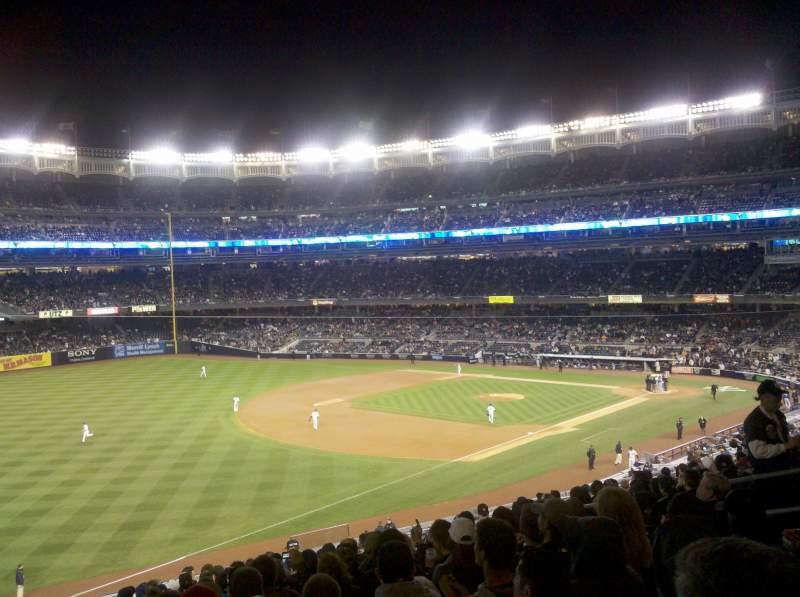 Vista sentada para Yankee Stadium Secção 229 Fila 16 Lugar 12
