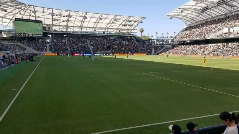 Vista sentada para Banc of California Stadium Secção 124 Fila D Lugar 23