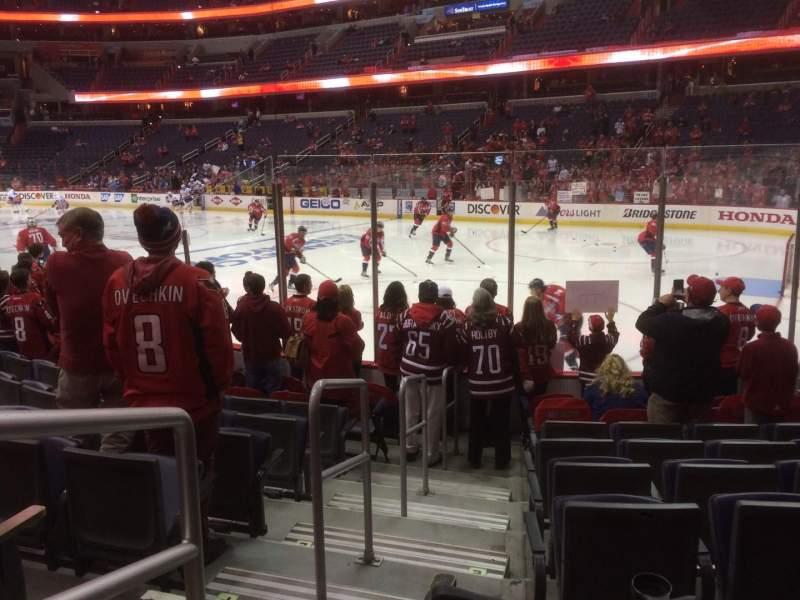 Vista sentada para Capital One Arena Secção 114 Fila J Lugar 1