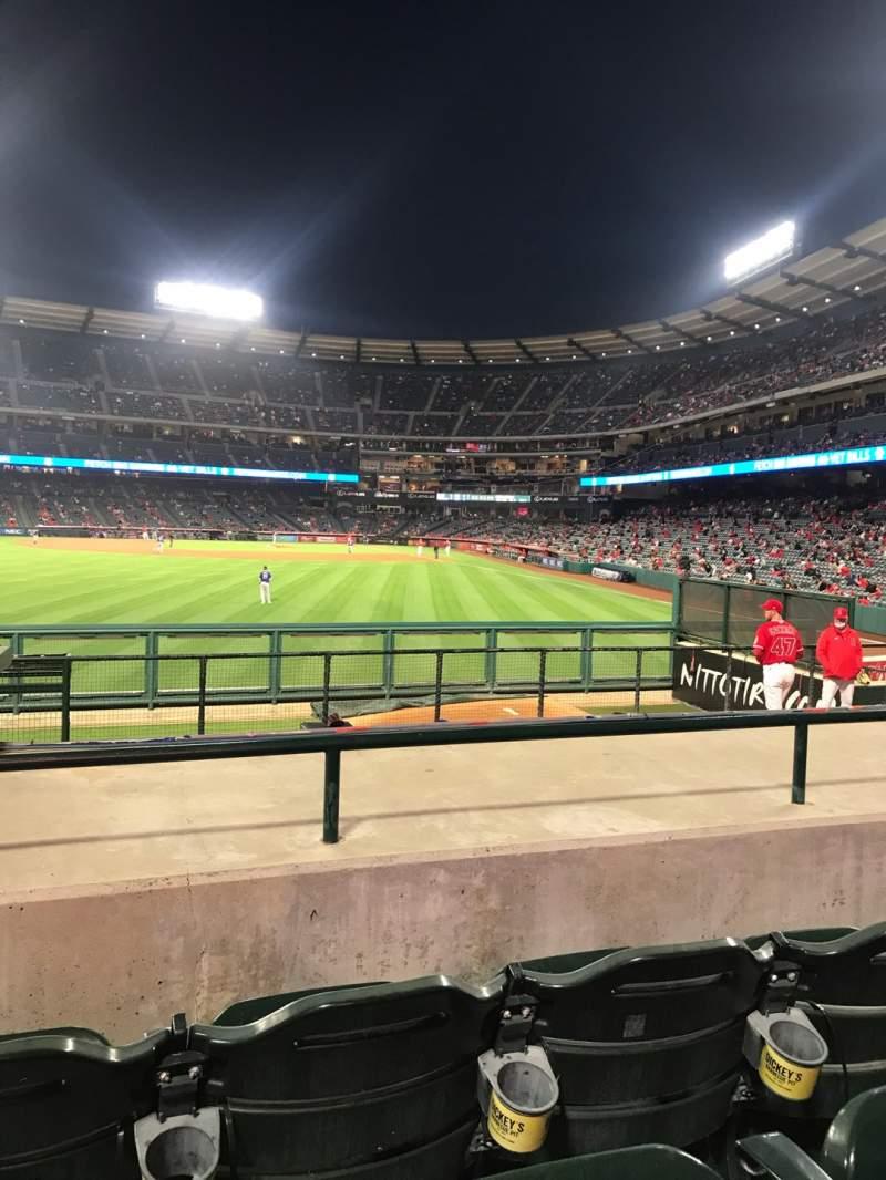 Vista sentada para Angel Stadium Secção 259 Fila J Lugar 2