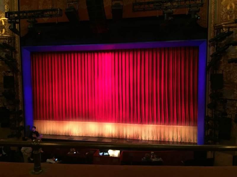 Vista sentada para Longacre Theatre Secção Mezzanine C Fila B Lugar 101