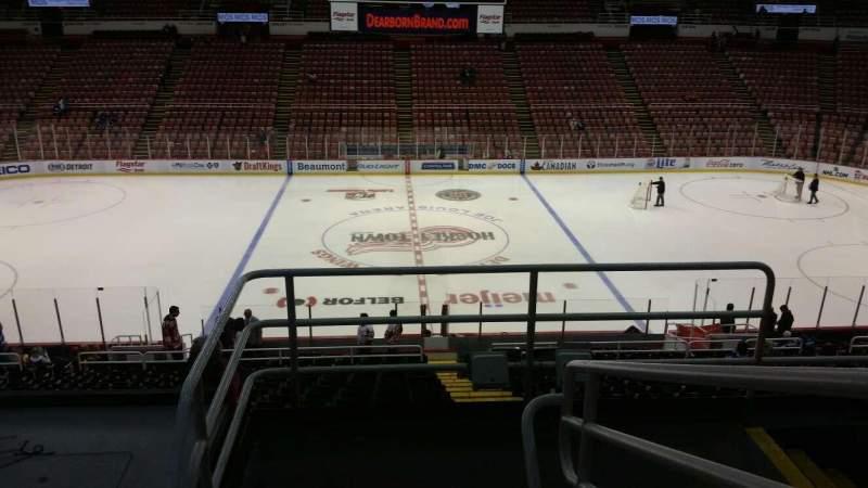 Vista sentada para Joe Louis Arena Secção 222 Fila 5 Lugar 2