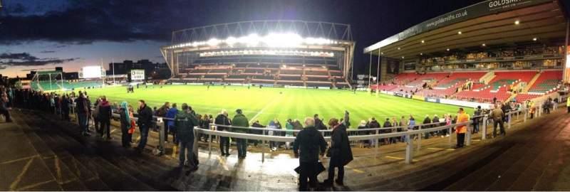 Vista sentada para Welford Road Stadium Secção Terrace